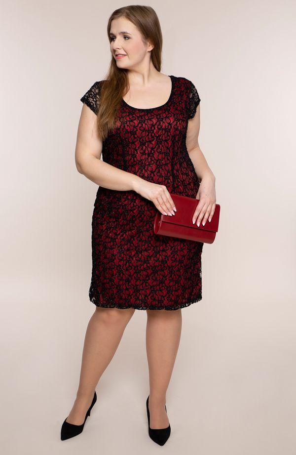 Sukienka z czarnej koronki z czerwienią
