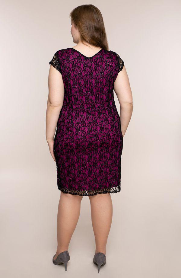 Sukienka z czarnej koronki z fuksją