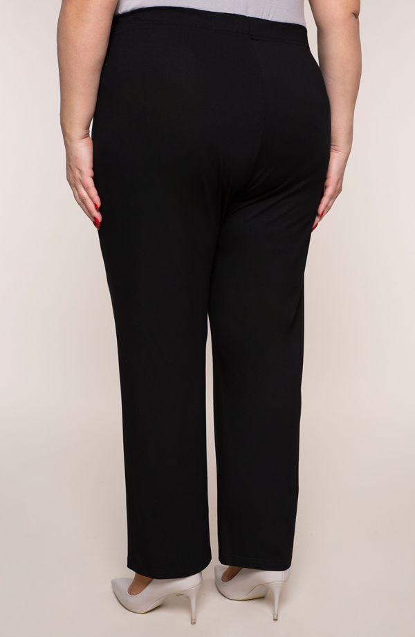 Klasyczne cienkie czarne spodnieplus size dla puszystych