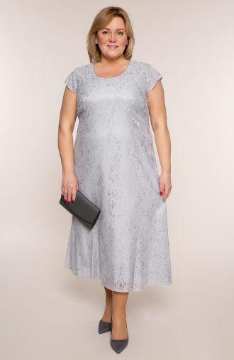 Długa koronkowa sukienka w srebrnym kolorze
