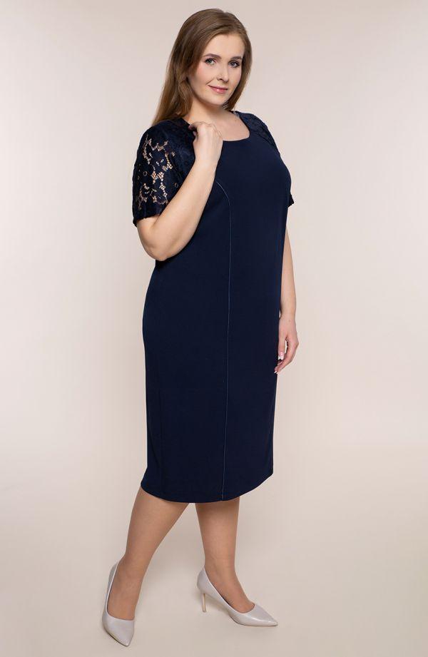 Granatowa sukienka z rękawami z koronki