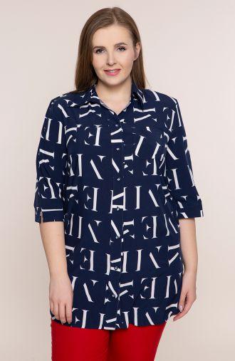 <span>Bluzki plus size - g</span>ranatowa koszula w litery