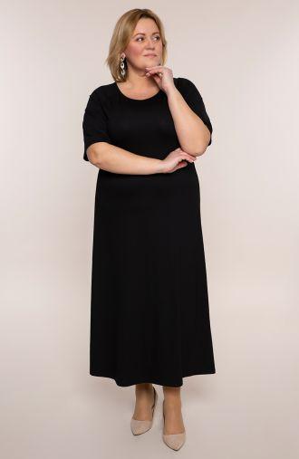 Długa sukienka w kruczoczarnym kolorze