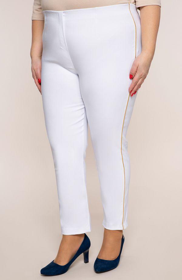 Białe spodnie 7/8 z lampasem