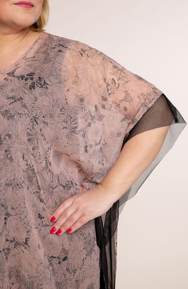 Różowa tunika z czarną koronką