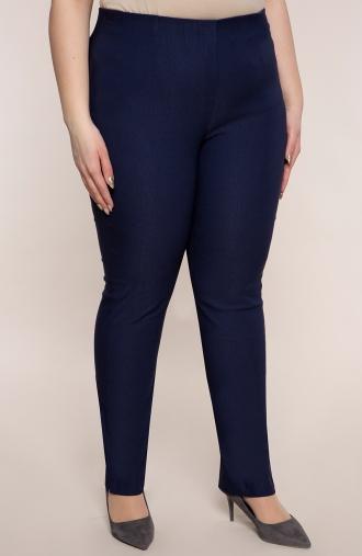 Dłuższe proste spodnie w kolorze ciemnego granatu