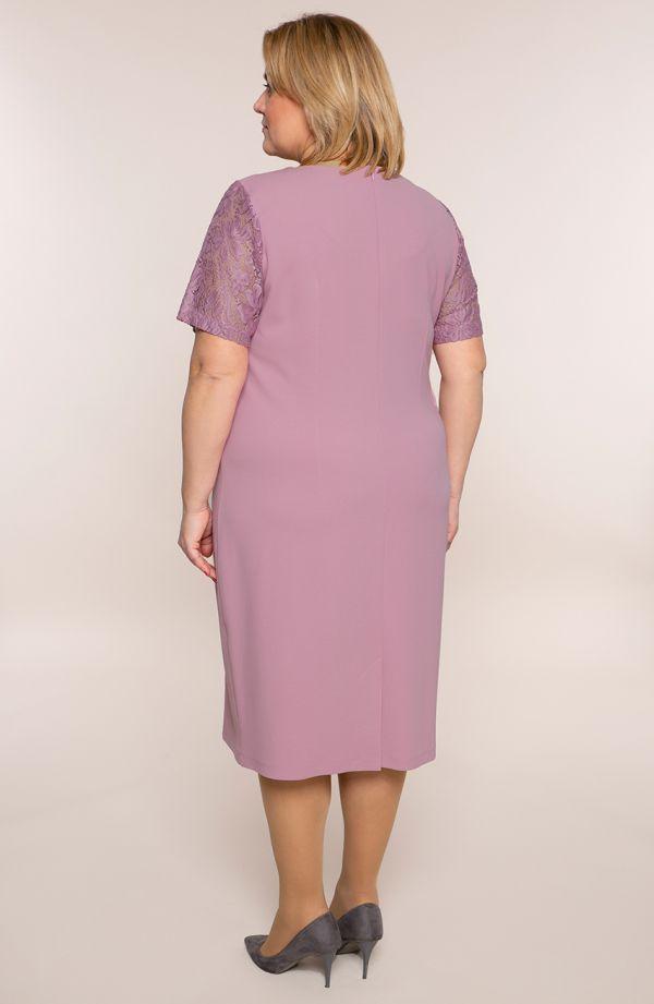 Sukienka z rękawami z koronki w kolorze różu
