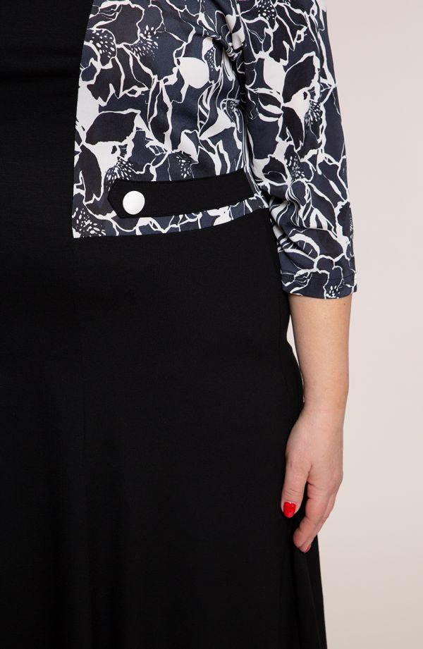 Czarna sukienka atramentowe kwiaty