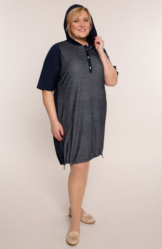 Granatowa melanżowa sukienka z kapturem
