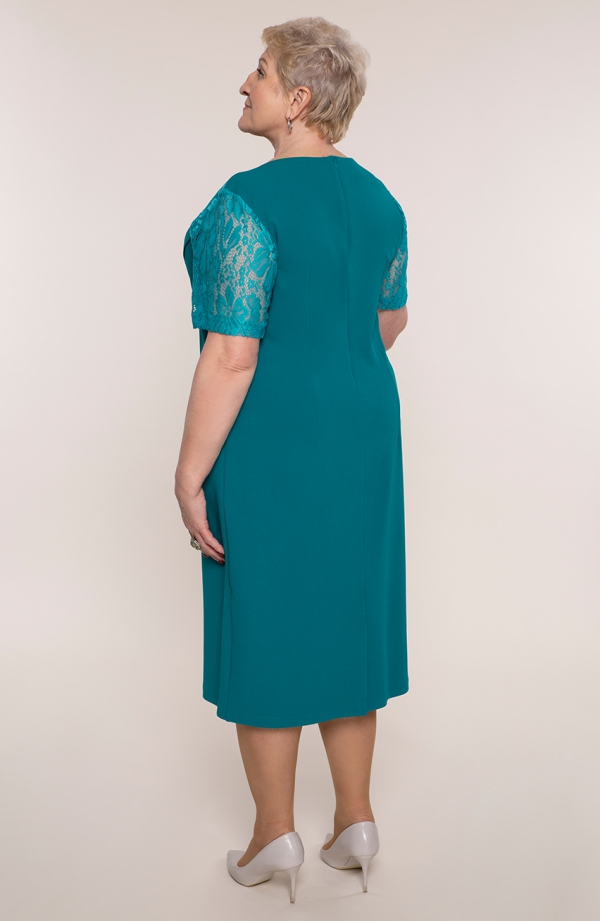 Turkusowa sukienka z rękawami z koronki