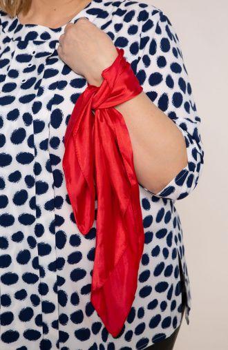Klasyczna apaszka w czerwonym kolorze