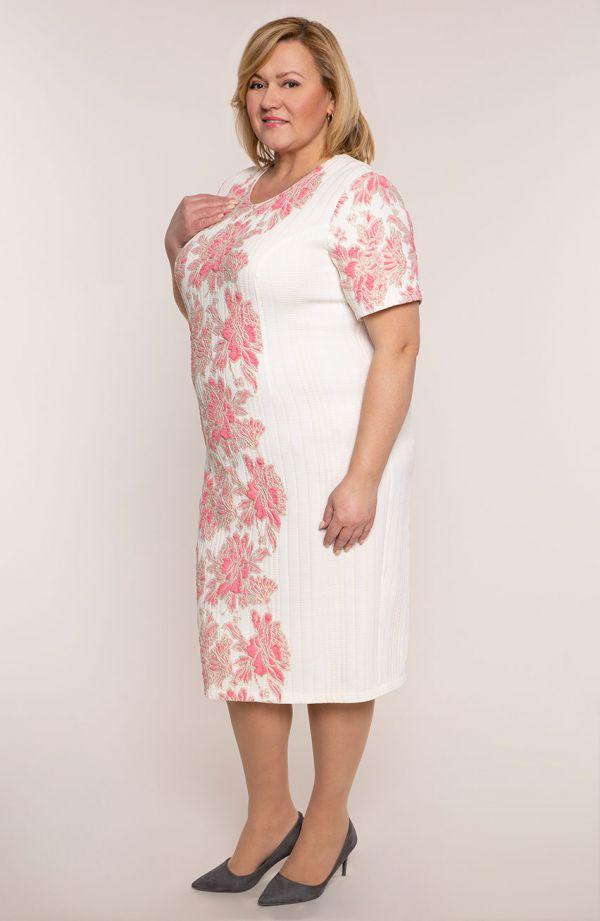 Kremowa sukienka w koralowe kwiaty