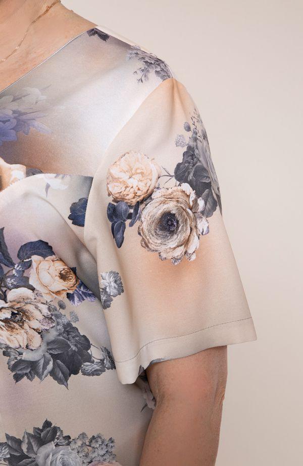 Sukienka z krótkim rękawem brzoskwiniony świt