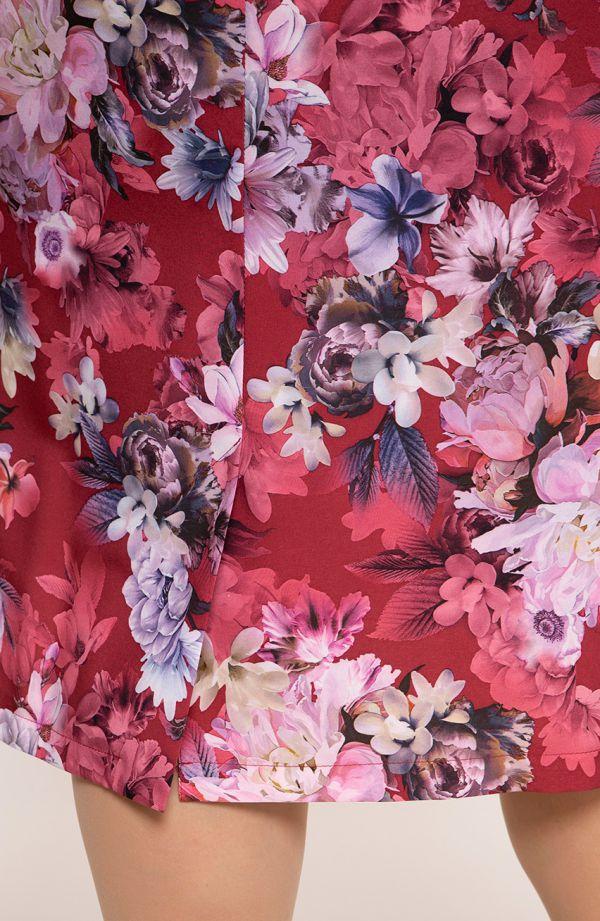 Sukienka z krótkim rękawem czerwone kwiaty