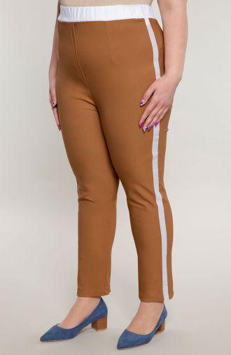 Karmelowe spodnie z białym lampasem