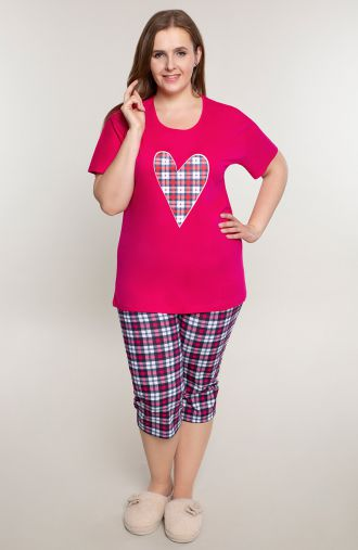 Różowa piżama z sercem w kratkę