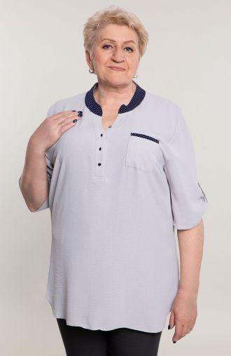 Szara bluzka koszulowa z guziczkami -<span>moda dla puszystych</span>