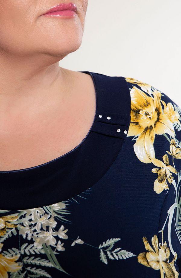 Rozkloszowana sukienka żółte lilie