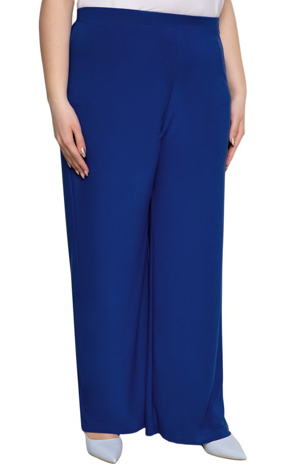 Wizytowe spodnie plus size dla puszystych w chabrowym kolorze