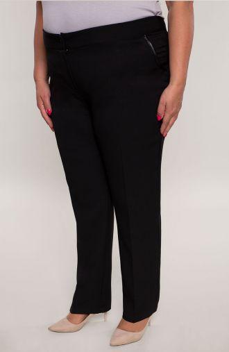 Wizytowe spodnie w kant w kolorze czerni