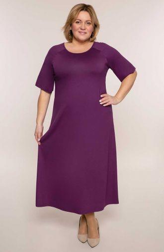 Długa sukienka w śliwkowym kolorze