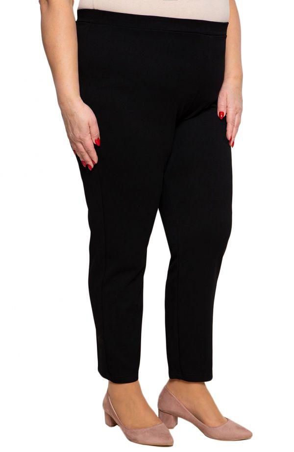 Klasyczne spodnie plus size dla puszystych w kolorze czerni