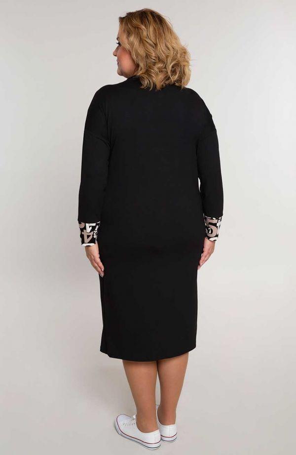 Czarna sportowa sukienka z cyferkami