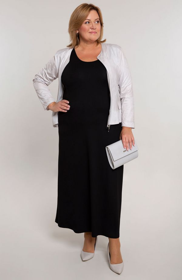 Sukienka maxi w kolorze klasycznej czerni