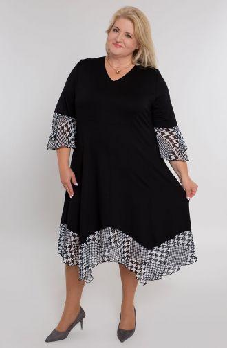 Czarna sukienka w białą pepitkę