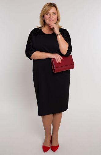 Czarna sukienka z panterkowym akcentem