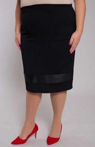 Czarna spódnica ze wstawką ze skórki